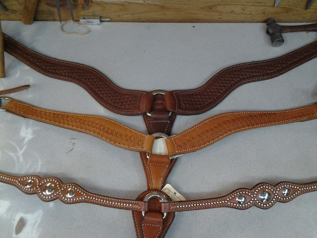 Caldwell Saddle - breast collar 3