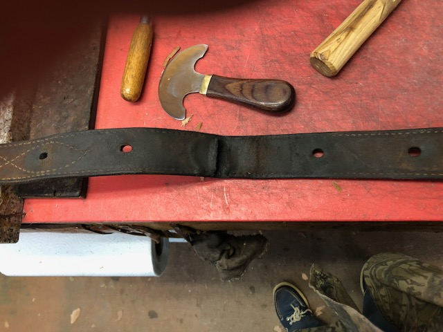 Caldwell Saddle - proper use off billets-1